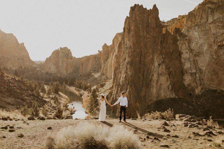 ali-rae-photography-smith-rock-elopement-central-oregon